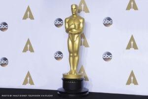 Oscars trophy for an Oscar-worthy acting resume
