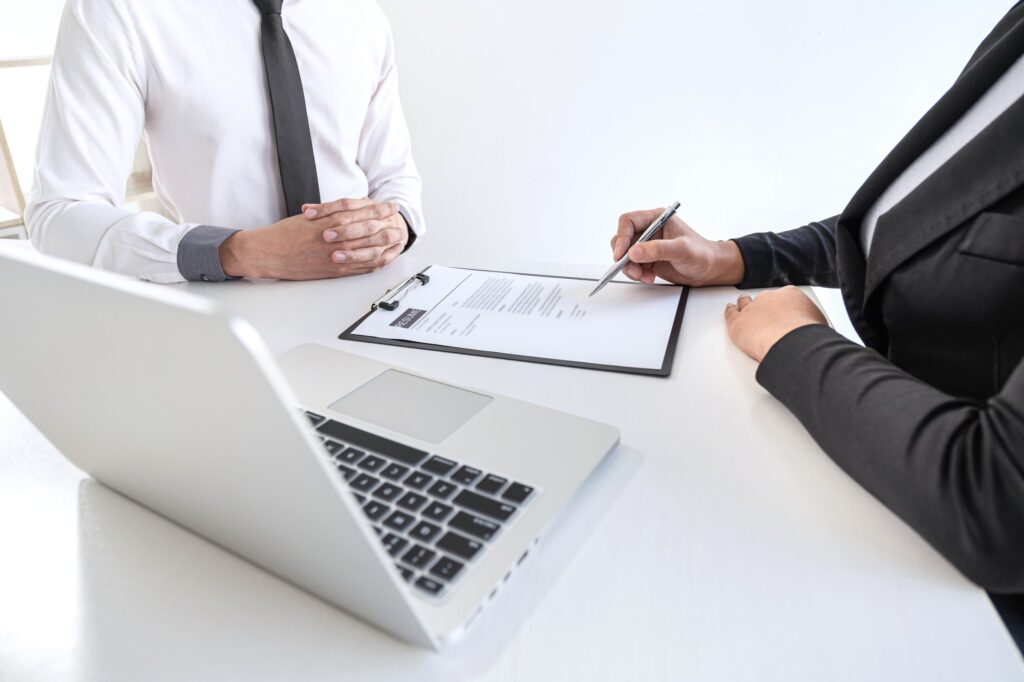 interview job seeker answering the question why should we hire you