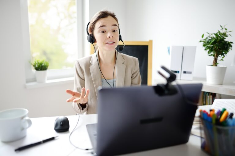 Job Seeker Applying Tips On How To Prepare For An Interview