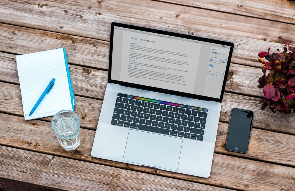 Resume On A Laptop