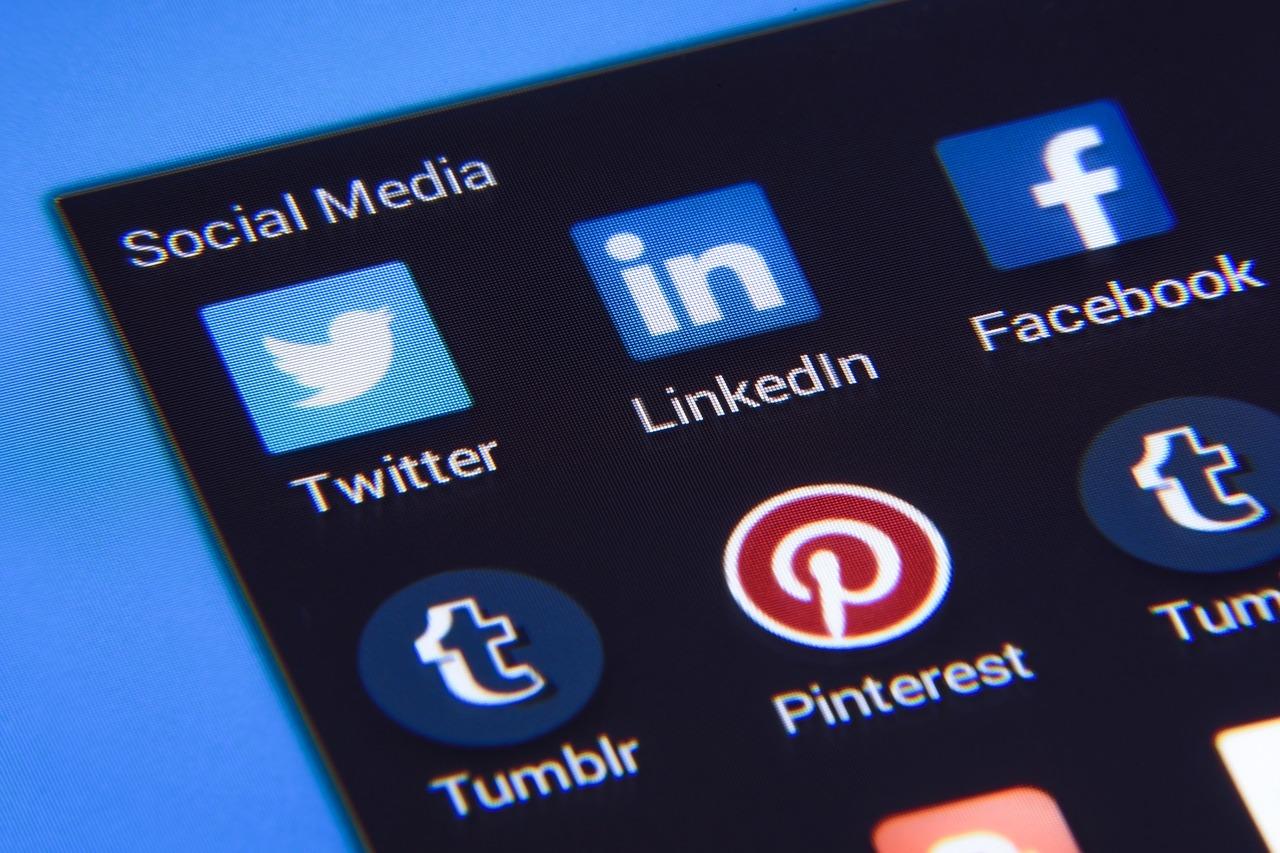 logos of social media sites